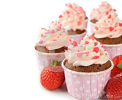 розовые-пирожные-33683952